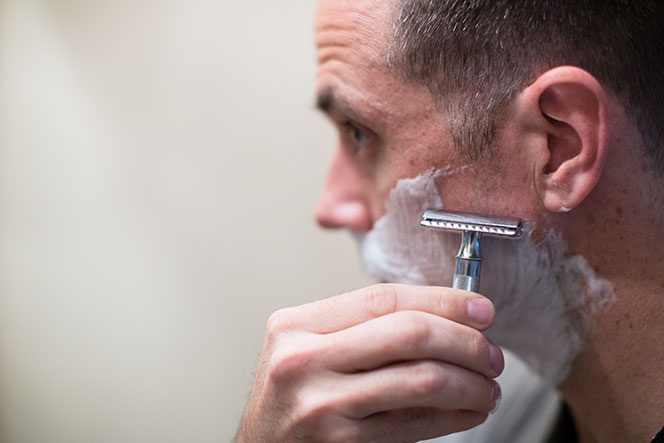 Position your safety razor at an appropriate angle